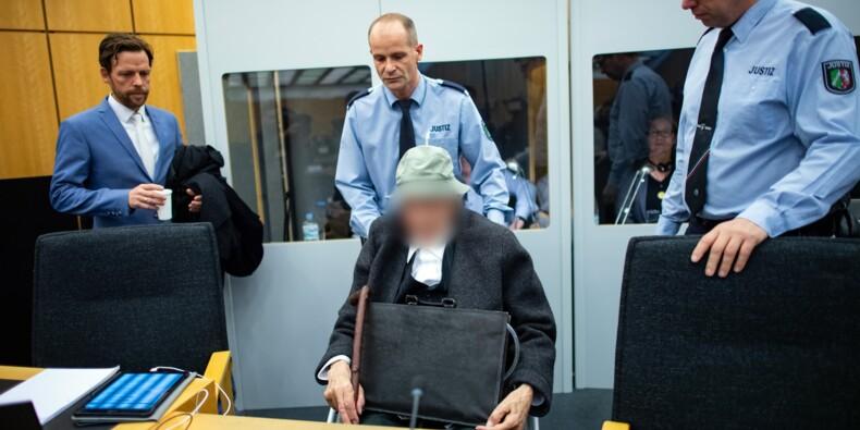 Allemagne: jugé, un ancien garde de camp nazi pleure face aux victimes