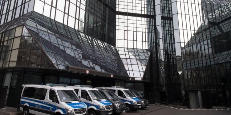 Perquisitions chez Deutsche Bank, rattrapée par les Panama Papers