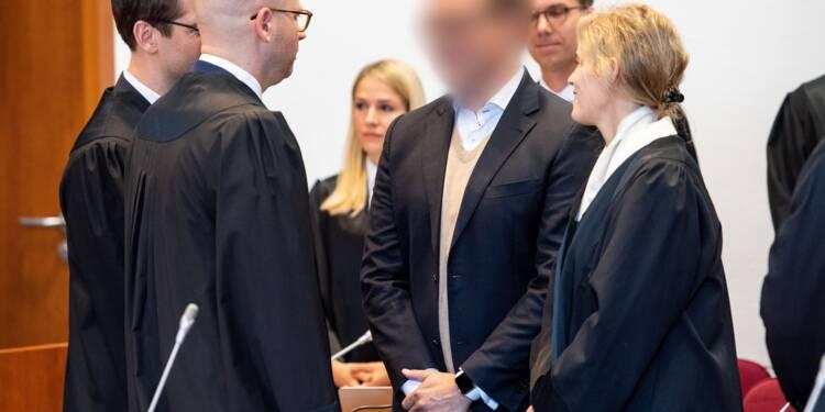 """Allemagne: deux ex-banquiers jugés pour le casse fiscal des """"cum ex"""""""