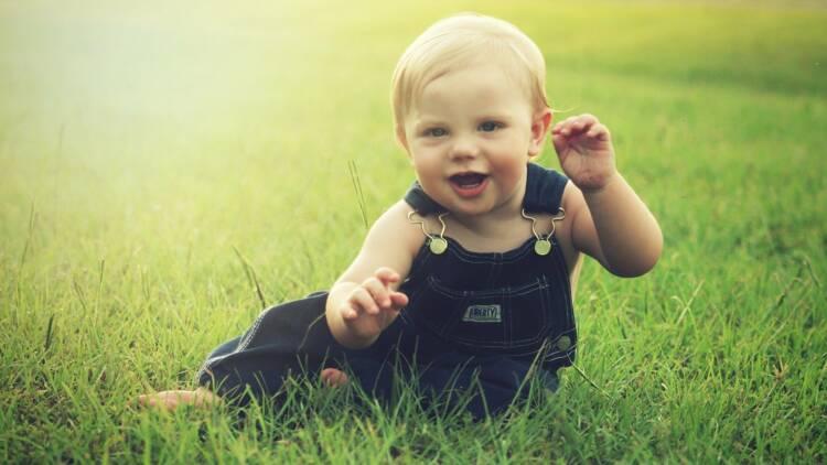 La France compte 67 millions d'habitants, malgré de moins en moins de bébés