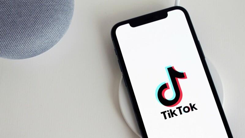 """""""Désillusion totale"""" : les utilisateurs de TikTok déplorent la faible rémunération de leurs contenus"""