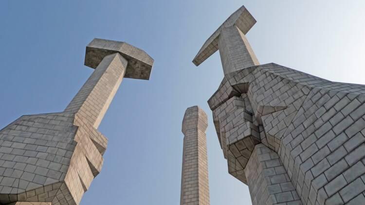 """Corée du Nord : Kim Jong Un veut """"construire l'appareil militaire le plus puissant"""""""