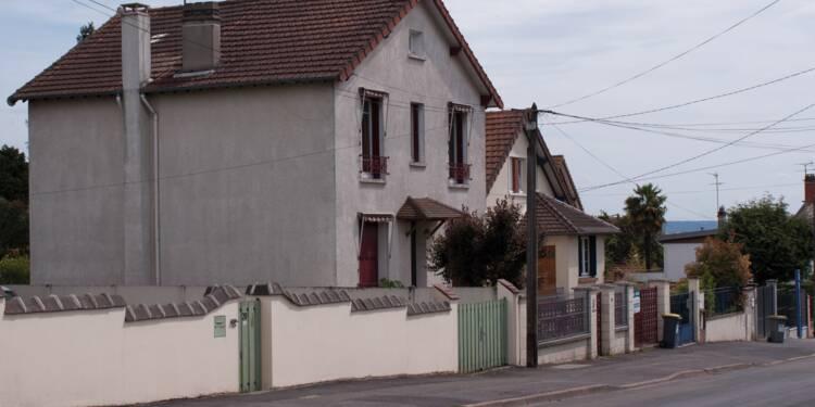 Le squat de sa maison avait ému la France, Roland la met en vente