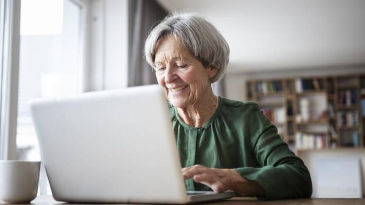 Une prime de 100 euros pour les retraités ! La pétition lancée par les syndicats commence à faire du bruit