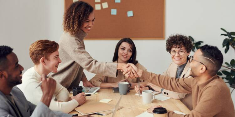 Égalité hommes-femmes : bientôt des quotas dans les entreprises?