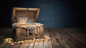 En faisant le ménage, la nonagénaire tombe sur un trésor de 475.000 euros