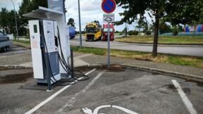 Bornes électriques : l'Etat va accélérer le développement des stations sur les grands axes