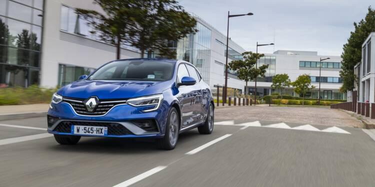De l'argent public y a été investi»: colère des salariés après la mise en vente d'une usine Renault  Renault-manifestation-geante-devant-la-fonderie-de-bretagne-les-salaries-denoncent-une-trahison-et-un-abandon-1397899