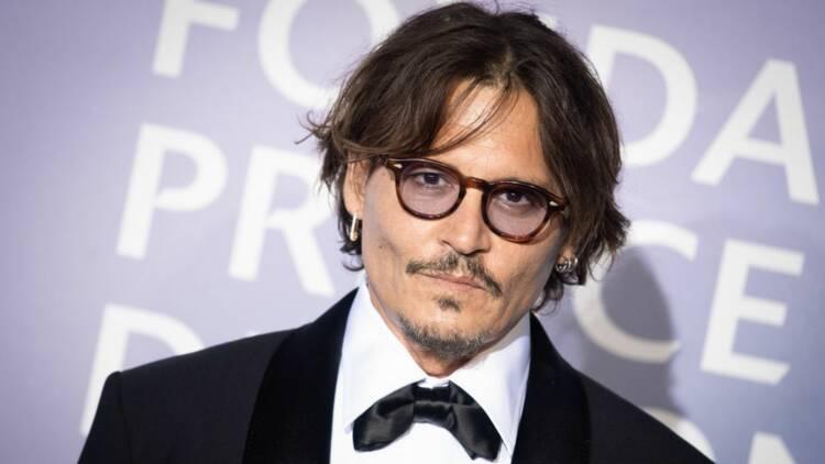 Johnny Depp n'arrive pas à vendre son village du sud de la France