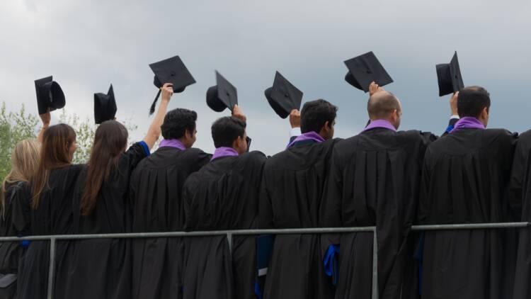 Les jeunes diplômés touchés de plein fouet par la crise