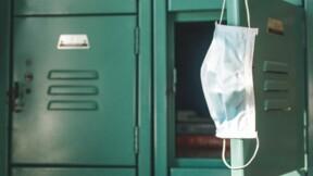 Nîmes : des lycéens verbalisés pour non-port du masque devant leur lycée