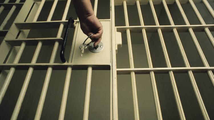 Les détenus travaillant en prison auront un contrat de travail