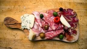 Risque de Listeria : Auchan rappelle du saucisson et Leclerc du fromage