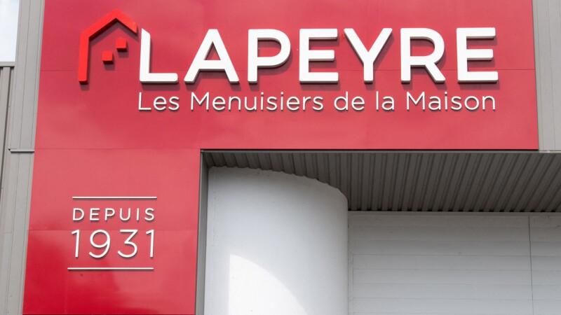 """Saint-Gobain : des salariés Lapeyre accusent un """"fonds vautour"""" de vouloir une """"liquidation"""""""
