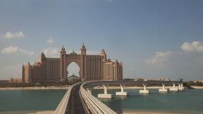 La plus grande peinture du monde vendue aux enchères à Dubaï