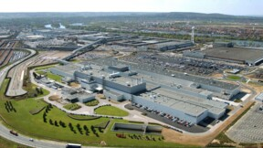 Flambée d'infections au Covid-19 à l'usine Peugeot (Stellantis) de Poissy