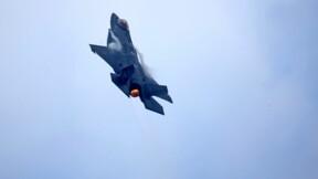 Un avion de chasse américain F35 se tire dessus tout seul !