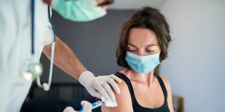 Ces nouvelles professions qui pourront se faire vacciner dès ce week-end en France