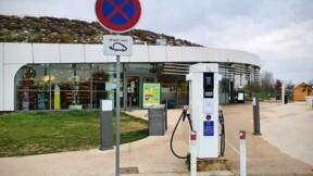 Bornes électriques sur autoroute : des dérogations font tiquer l'Autorité des transports