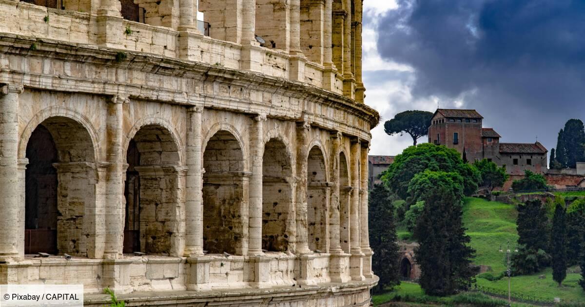 """Face à une dette colossale, l'Italie fait le pari d'une croissance """"très forte"""""""