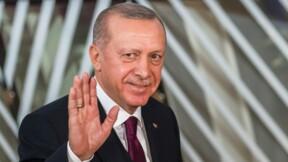 """Turquie : Erdogan veut diviser par 2 le taux d'intérêt, """"grâce à Dieu"""""""