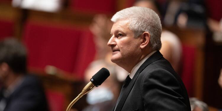 Euthanasie : le député Olivier Falorni détaille le contenu de sa loi
