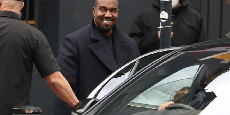 Une paire de baskets Nike Air Yeezy 1 de Kanye West évaluée à un montant colossal par Sotheby's