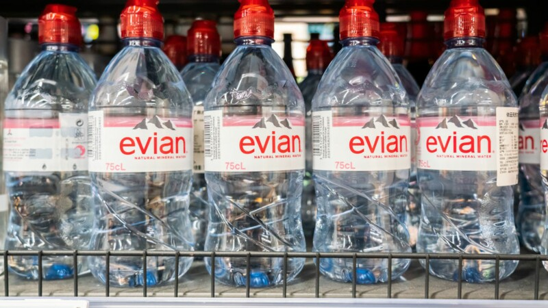 Evian provoque une polémique sur Twitter pour le premier jour de ramadan
