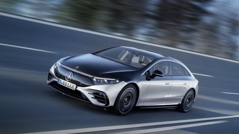 Voiture électrique : Daimler (Mercedes) veut abandonner l'essence et le diesel d'ici 9 ans, investissement colossal
