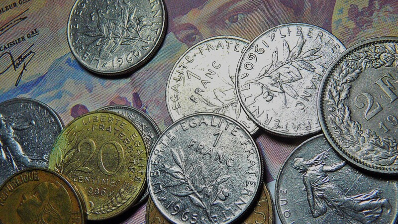 Dévaluation, abandon... retour sur la vie chahutée du franc