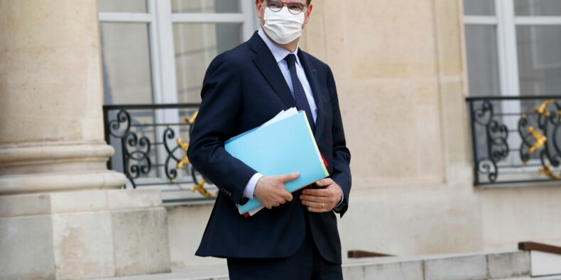 Coronavirus : les variants régressent en France selon Jean Castex