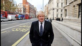 Royaume-Uni : Boris Johnson dans la tourmente après ses SMS avec le patron de Dyson