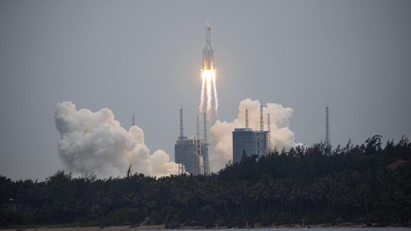 Les énormes débris d'une fusée chinoise pourraient retomber sur Terre