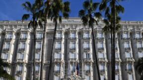 Le Carlton de Cannes vend aux enchères une partie de son mobilier iconique