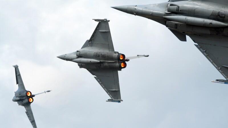 Rafale, Mirage 2000, Typhoon et F-35 : pourquoi ces célèbres avions de chasse vont sillonner le ciel français