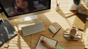 Voici comment recruter de nouveaux collaborateurs en ligne