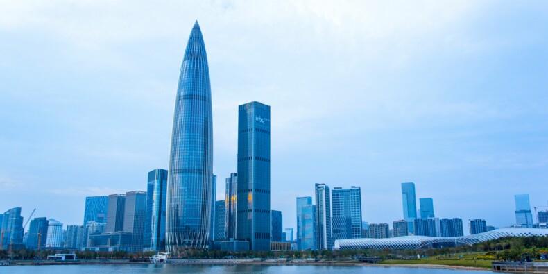 Chine : un gratte-ciel qui tremble évacué, panique à Shenzhen