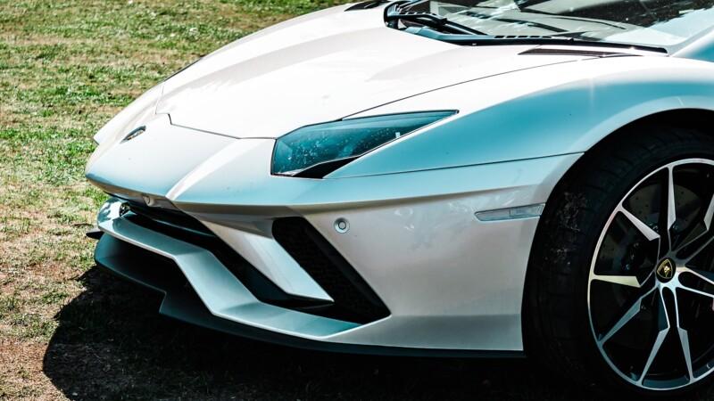 Lamborghini annonce son premier modèle électrique pour 2023