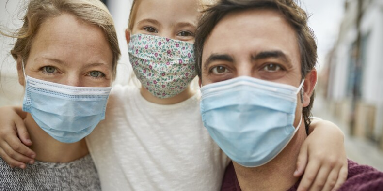 Et maintenant une surproduction de masques en France !