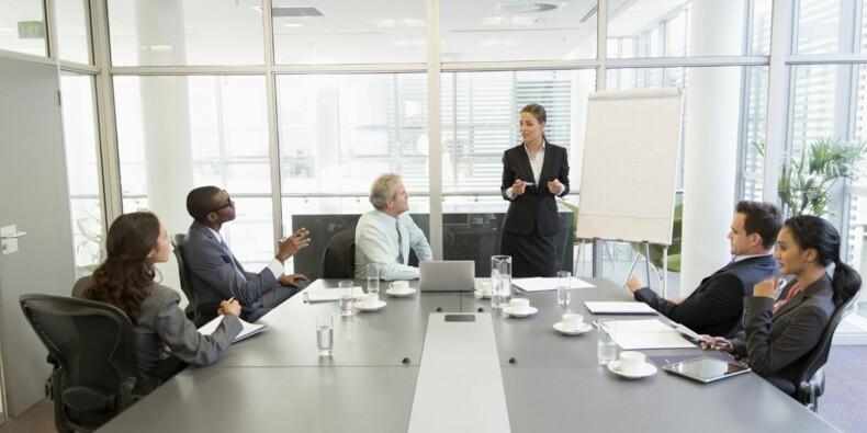 """Au travail, """"pour être écouté, il faut faire semblant d'être sûr de ce que vous dites!"""""""