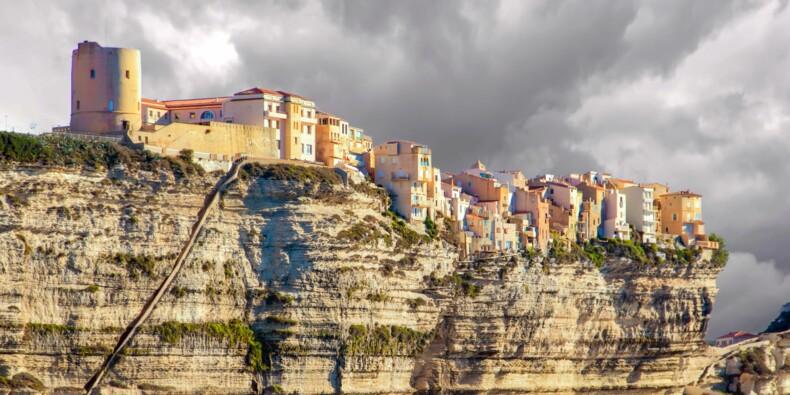 Des bars restaurants touchés par des incendies en Corse, la piste criminelle privilégiée
