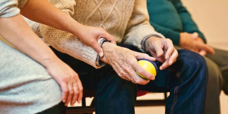 Alzheimer : le traitement approuvé aux Etats-Unis pourra-t-il guérir la maladie ?