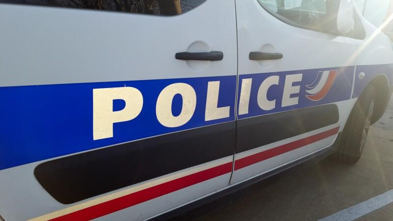Seine-Saint-Denis : pendant son petit-déjeuner, un homme se fait voler des milliers d'euros de bijoux