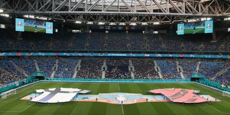 Euro 2021 : 300 supporters finlandais testés positifs à leur retour de Saint-Pétersbourg