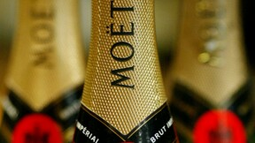 Après avoir menacé de suspendre ses livraisons de champagne en Russie, Moët Hennessy fait marche arrière