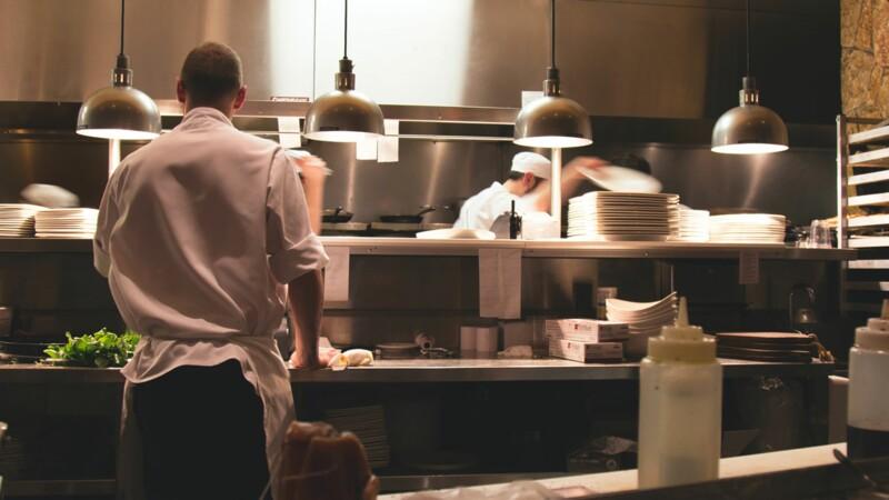 Avec son logiciel, il veut aider les petits restaurants à mieux s'organiser