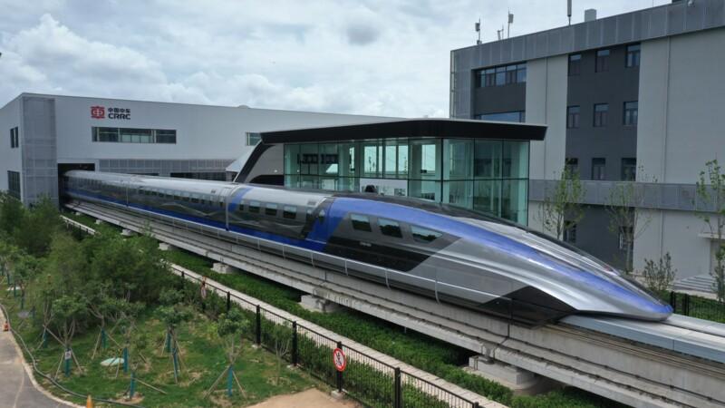 Le train le plus rapide du monde a fait ses débuts en Chine