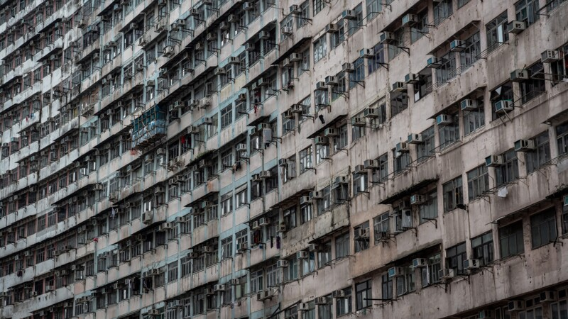 """Chine : Hong Kong face à une pauvreté galopante, """"trop de gens sans emploi"""""""