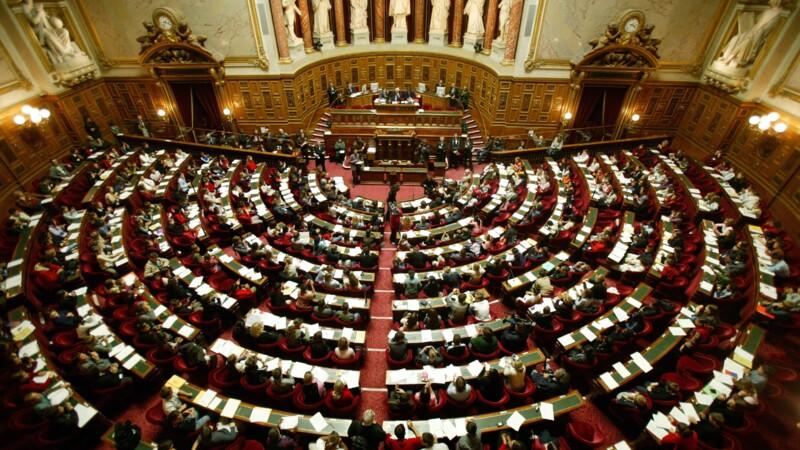 Pass sanitaire : le projet de loi adopté par le Sénat mais fortement remanié