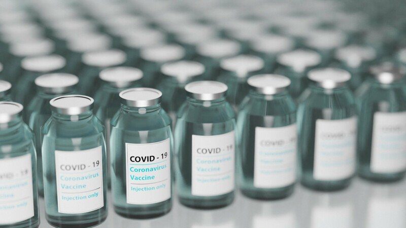 Covid : la Cour des compte tacle l'organisation de la recherche en France